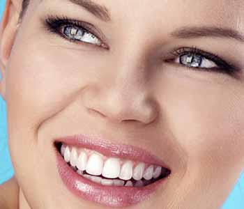 Your Fort Lauderdale cosmetic dentist considers important factors before treating your smile