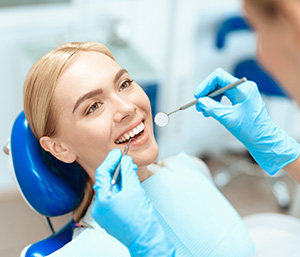 Dentist in Fort Lauderdale explains the critical importance of proper mercury removal and detox