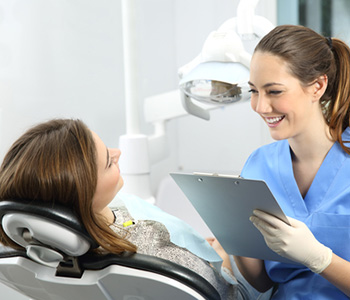 Infected Root Canal and Tooth Extraction in Fort Lauderdale area