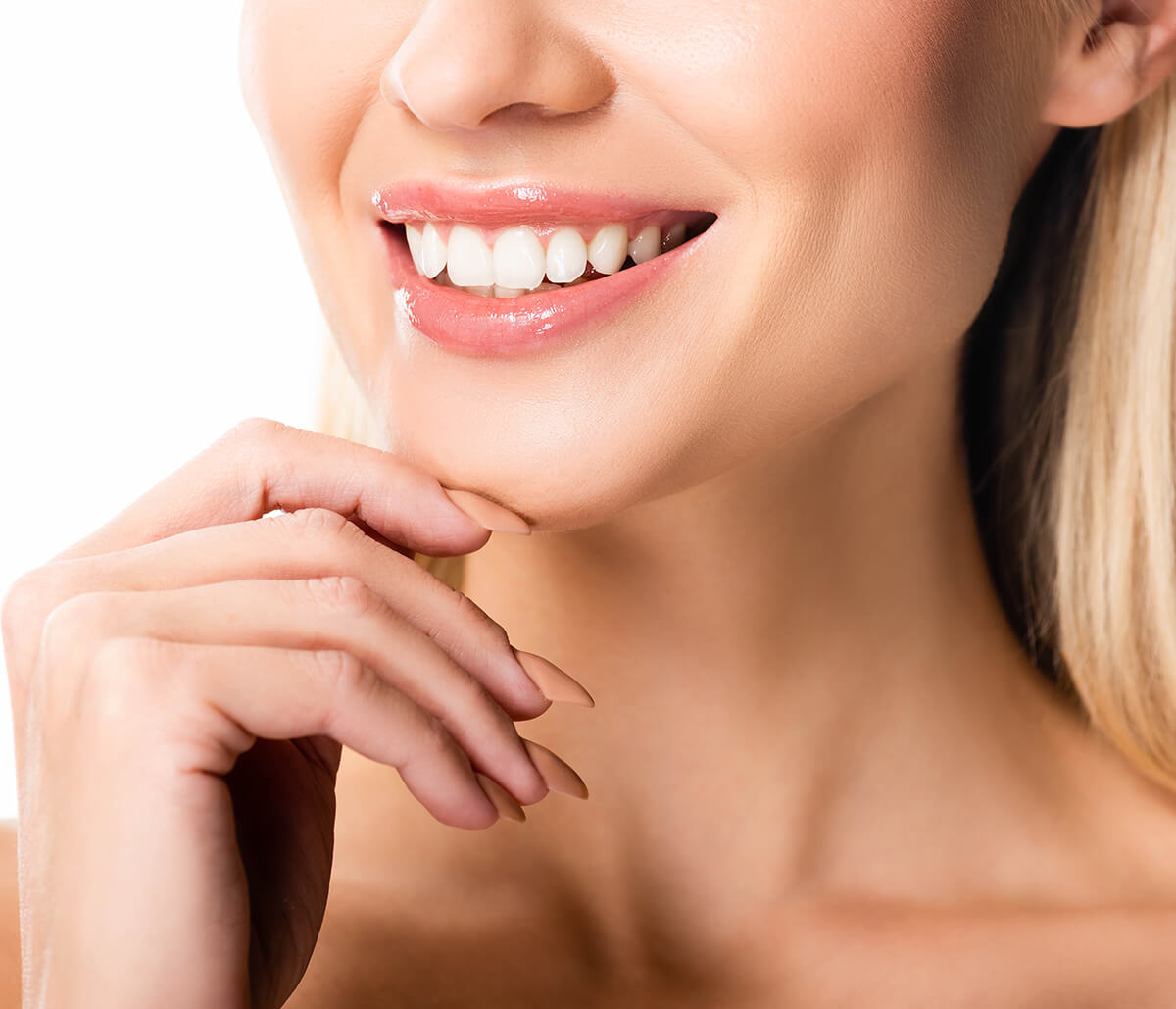 Veneers for Discolored Teeth at Go Natural Dentistry in Fort Lauderdale Area